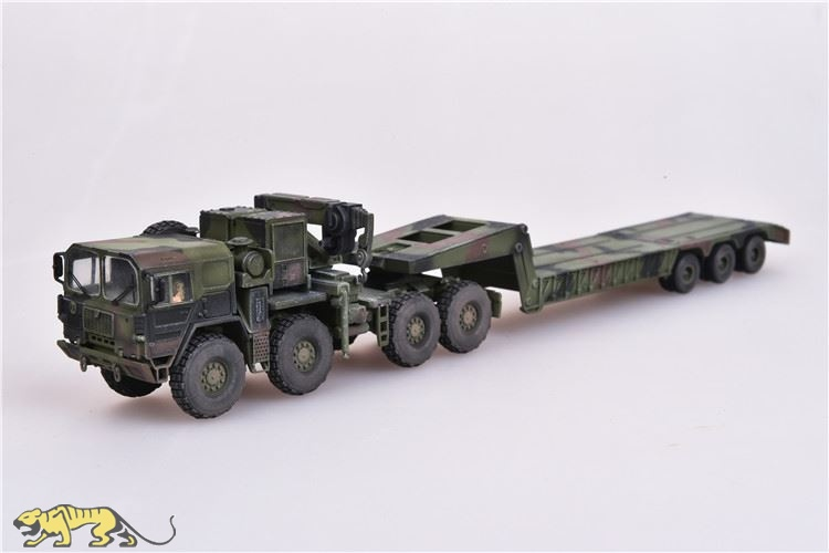 German MAN KAT1 M1014 8x8 High-Mobility Off-Road Truck with M870A1  Semi-Trailer - Finished Model - 1/72