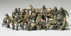 Russische Infanterie und Panzer Besatzung - 1:48
