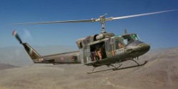Agusta-Bell AB 212 / UH-1N - 1:48