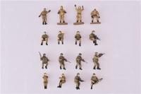 Figurenset Moderne Russische Panzerbesatzung und Infanterie - 16 Figuren - Fertigmodell - 1:72