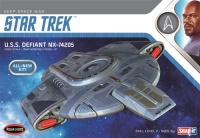 Star Trek - USS Defiant NX 74205 - Snap kit - 1:1000