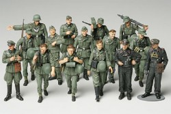 German Infantry - On Maneuvers - Figure-Set - 1/48
