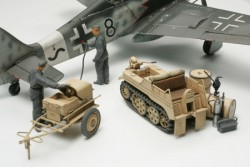 German Aircraft Power Supply Unit & Kettenkraftrad - 1/48