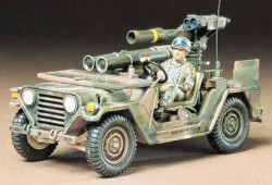 U.S. M151A2 with Tow Missile Launcher - 1/35