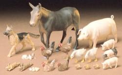 Haustiere / Tiere - Dioramenset (18 Stück) - 1:35