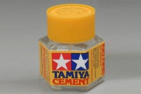 Tamiya Poly / Plastic Cement - 20 ml