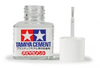 Tamiya Poly / Plastic Cement - 40 ml
