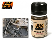 AK-084 Fresh Engine Oil / Frisches Öl / Ölflecken