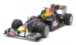 Red Bull Racing Renault RB6 - 1:20