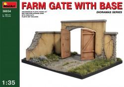 Farm Gate with Base - 1/35