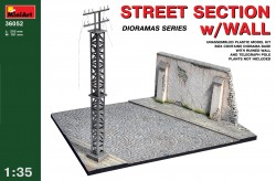 Street Section with Wall and Telegraph Pole - 1/35
