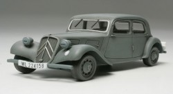 Citroen Traction 11CV - Staff Car - 1/48