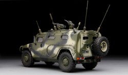 Russian Armored High-Mobility Vehicle GAZ-233014 STS Tiger - 1:35