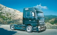 Mercedes-Benz Actros - Black Edition - 1:24
