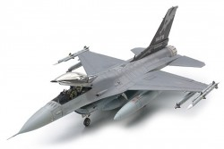 Lockheed Martin F-16C (Block 25/32) - Fighting Falcon ANG - 1:48