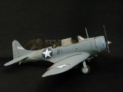 USN SBD-3 Dauntless - Battle of Midway USS Enterprise - Fertigmodell - 1:18